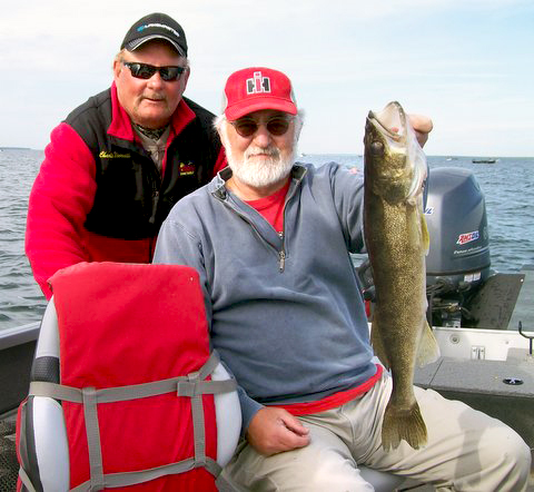 MN Fishing Pro Guide Charlie Worrath with walleye fisherman