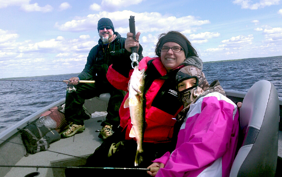 MN Fishing Pro Guide Jason Boser with walleye catch, 2016